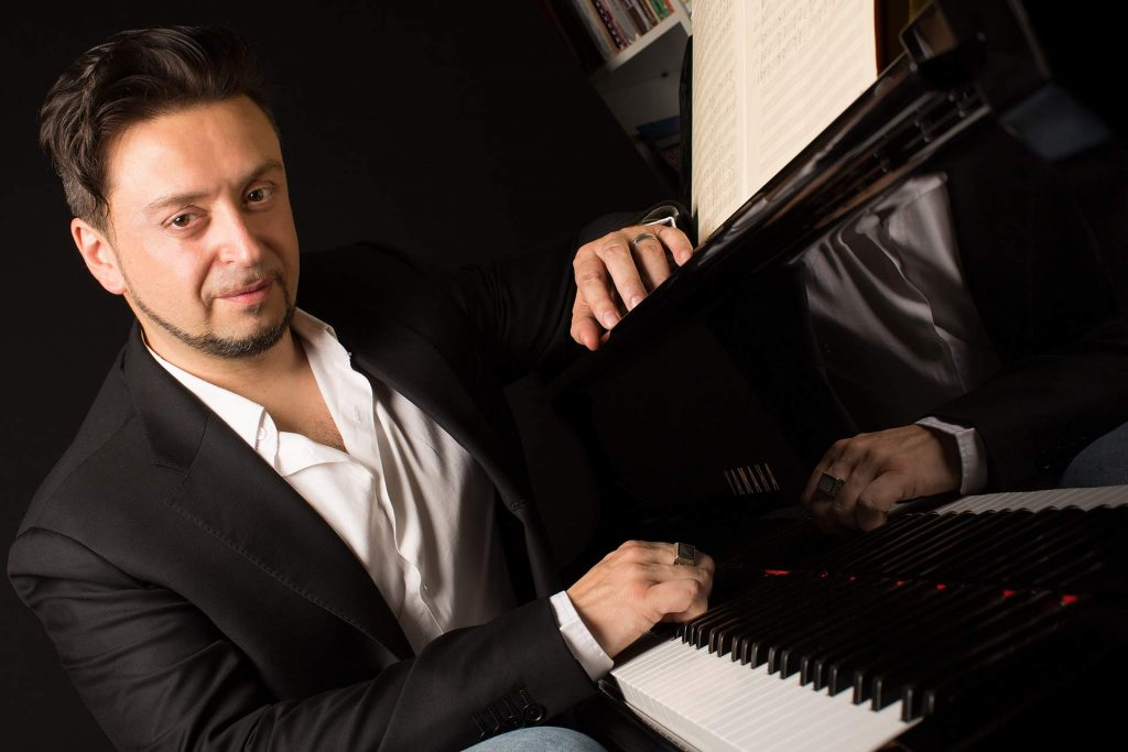Francesco Traversi - Piano